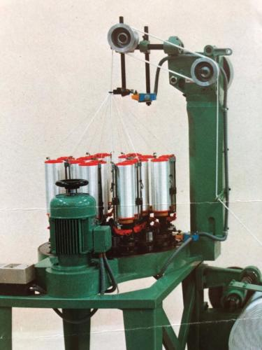TRENZADORA HILO /  LINE BRAIDING MACHINE